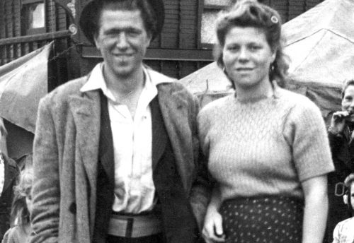 couple newly married 1950 Foots Cray kent adj
